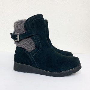 UGG Kid's Jayla Black Suede Grey Shearling Boots